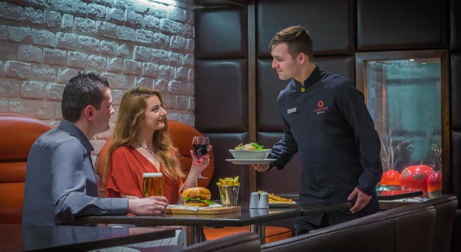 Bar-Food-Clayton-Cardiff-Lane (1)
